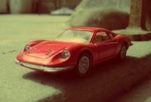 Autitos / Mi colección de autitos de juguetes con un toque vintage y lomo.