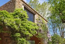 Escape to the countryside. An ancient masía in Gerona / Lighting project for a newly rebuilt ancient XIVth century family country house