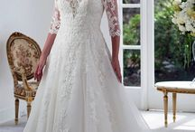 Plus Size // Venus Bridal / Every Venus gown is wonderfully distinctive so you can find one that expresses your personal charisma and perfectly captures your unique charm.