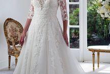 Plus Size // Venus Bridal