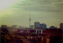Berlin, Berlin, big city of dreams ... / Now lemme tell ya where I'm from ...