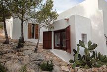exterior evia house