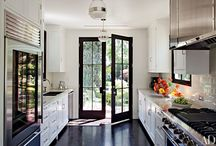 Kitchens / Galley kitchens