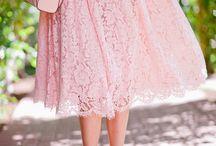 kobiecość i sukienki