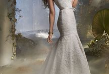 Tara Keely / Tara Keely bridal gowns will be appearing at the JLM Trio Trunk Show October 24-25 at the gown gallery!
