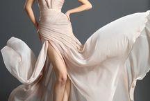 SouLives: Dresses & Entourage