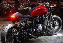 Yamaha XJR 1300 Cafe Racer
