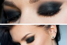 Smokey eye looks / #molmakeuplesson this is probably the most mistaken eyemakeup some people think this is a colour as opposed to a technique a smokey eye can come in any colour and it's basically a two tone colour that graduates upwards toward the brow.