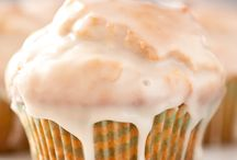 Muffin Recipes / Muffin recipes for easy breakfasts and brunch gatherings.