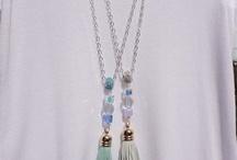 dlouhé náhrdelníky
