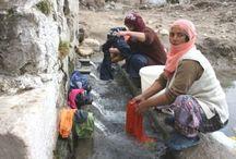 Çamaşır yıkayan kadınlar