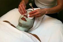 Facials Carmel Ca / Signature Day Spa has some expertise in back rub and healthy skin administrations. We offer rub, facials, waxing, body medications and spa bundles. Facials may include a variety of treatments to clean, exfoliate and moisturize your skin, heal acne scars or hyper-pigmentation, and improve the tone and surface of your skin.