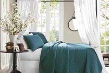 Peacock Bedroom Set