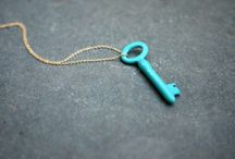 Skeleton Keys..and cool keys to place unknown..lol / by MaeMae Renfrow