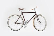Stylowe rowery miejskie, unikalne rowery damskie i męskie / Kiedy planujemy poprawić stan naszego organizmu i kondycji, bardzo często decydujemy się na jazdę rowerem. I bardzo dobrze, bo nawet krótkie przejażdżki, wykonywane regularnie, mają zbawienny wpływ na nasze zdrowie. Warto jednak wybrać dla siebie odpowiedni rower miejski, tak by jazda na nim była dla nas przyjemnością.   Goldie&Oldie to miejsce gdzie wybierzemy dla siebie odpowiedni rower: stylowy rower damski, rower miejski, czy rower męski.