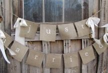 Burlap & Lace / This dynamic duo will turn your rustic, vintage wedding into an unforgettable day.