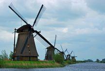 Kinderdijk, Holland / The Windmills of Kinderdijk, Holland