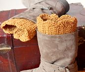 Crochet Boot Cuffs / by Barbara Binda