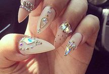 Amazing Nails Art! / by The Style World
