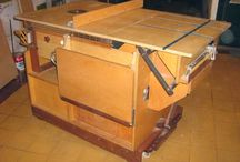 Table Saw With Routerlift