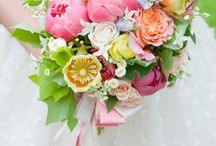 Gorgeous Wedding Bouquets / Flowers by others that inspire us...