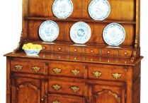Oak Dresser and Bookcases / Dressers have always played a significant role within our dining rooms. What sets this collection above the rest is its flexibility. Everything is made to order, so whilst we can recommend well proportioned sizes, every design can be tailor made to your exact requirements.