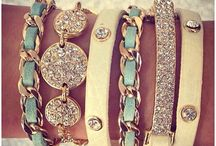 Arm candy / Bracelets, cuffs and watches