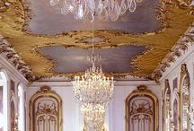 Chandeliers / Lighting