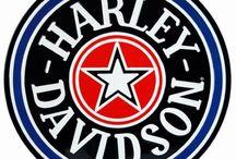 Harley Davison sobretodo y demás.....