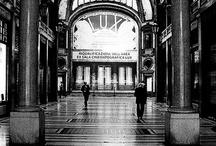 Torino - Centro Storico / Invadiamo il centro storico di una delle città più belle d'italia, ricca di storia e cultura. visiteremo insieme i palazzi dei savoia, scopriremo i negozi più alla moda e le botteghe storiche, senza dimenticarci di fare sostanziose tappe nei numerosi caffè storici. #invasionidigitali Invasione Programmata 21 aprile alle ore 11.00. Invasore: Arianna Serra