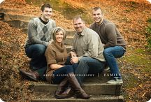 Family photography with adult kids / Family photography with adult children. Multi generational.