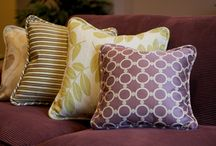 purple, plum, violet & lavender / Interiors and inspirations with shades of purple, lavender, aubergine and plum.