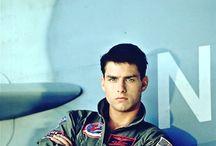Tom Cruise ✈️
