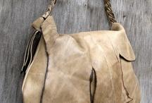 bag me up ! / by Chavelou Eleana