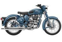 ROYAL ENFIELD SQUADRON BLUE / This Classic's new livery is inspired by Enfields in service, assisting air force corps across the world, both in the past and in the present day.
