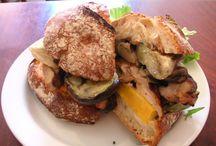 サンドイッチとトースト