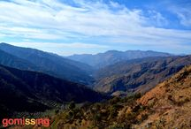 Nag Tibba Weekend Trek / The Nag Tibba trek is a perfect weekend getaway with a climb through the forests to 3000 meters, surrounded by lofty Himalayas and camping under the astoundingly beautiful starry skies. The 10 km trek starts from Pantwari and takes you through forests of Oak and Rhododendron to the Nag Tibba Summit, which offers a breath-taking view of the Bandar poonch Peak, the Gangotri group of peaks, Kedarnath peak in the north, Doon valley and the snow peaks of Chanabang Himalayas.