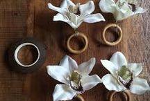 Flores e argolas