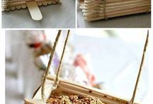 20 Easy Homemade Bird Feeders