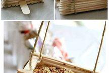 20 Easy Homemade Bird Feeders