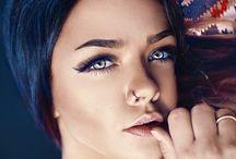 Guida Rapida sull'Eye Liner: Tre Tipi / Per quanto possa essere sensuale, l'eye liner richiede che l'utente sappia quale funziona meglio e come applicarlo. Ecco tre modi differenti.