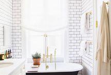 / bathroom /