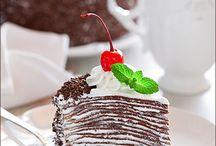 Cakes / by YeKaterina Degtyareva