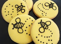 {Bumble Bee} Baby Shower / Bumble bee baby shower/party ideas and inspiration on www.partyfrosting.com