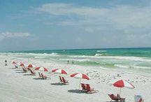 Summer/Beach / by Angela Hampton