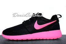 Custom Nike Roshe Runs / Custom Nike Roshe Runs