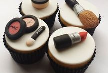 Makeup Cake / Cakes i love for my birthday