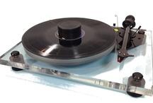 """High End Audio / """"Muziekbeleving Mét Emotie"""" #RikStoet, al ruim 27 jaar een bergrip op het gebied van #AudioBeleving #HighEndAudio en #Service! Owner #VinylVinyl #AudioHuisDelft"""