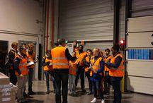 Challenge Involve / Accueil par DIMOTRANS Group des étudiants de l'INSA de Lyon dans le cadre du Challenge Involve organisé par Volvo. Phase d'immersion avant de plancher sur des projets innovants de robotisation des opérations de chargement/déchargement.