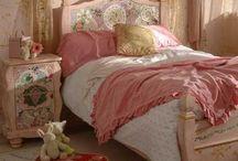 Lila's room / by Priscilla Mutuc